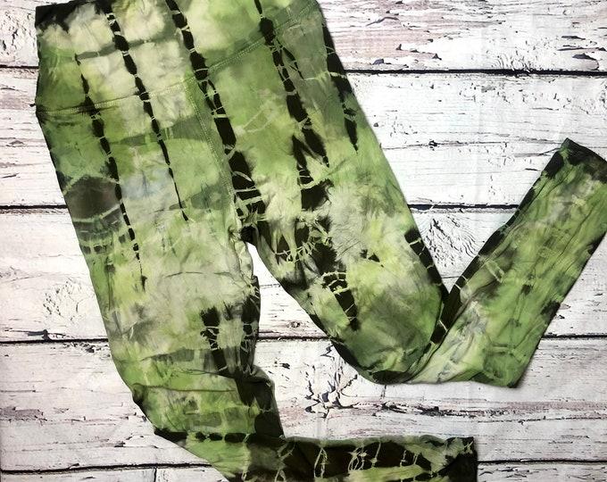 medium mossy oak leggings
