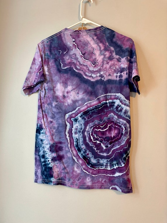 Size Small Amethyst Tee