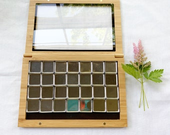 Large Empty Bamboo Magnetic Palette