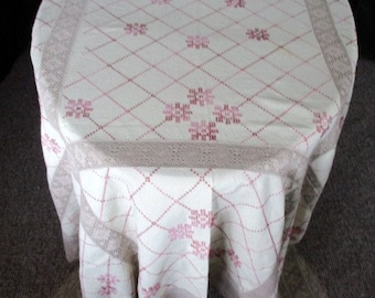 """Vintage tablecloth - Hand Embroidery and Lace decoration - Linen - 74"""" x 112""""  Large"""