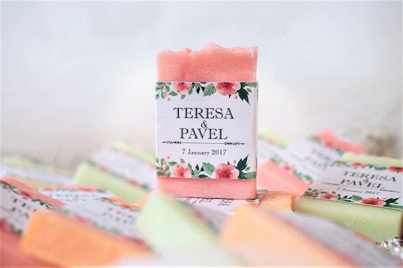 Red  color mini transparent base wedding fragrance  soap wedding favors personalized wedding favor wedding label heart soap