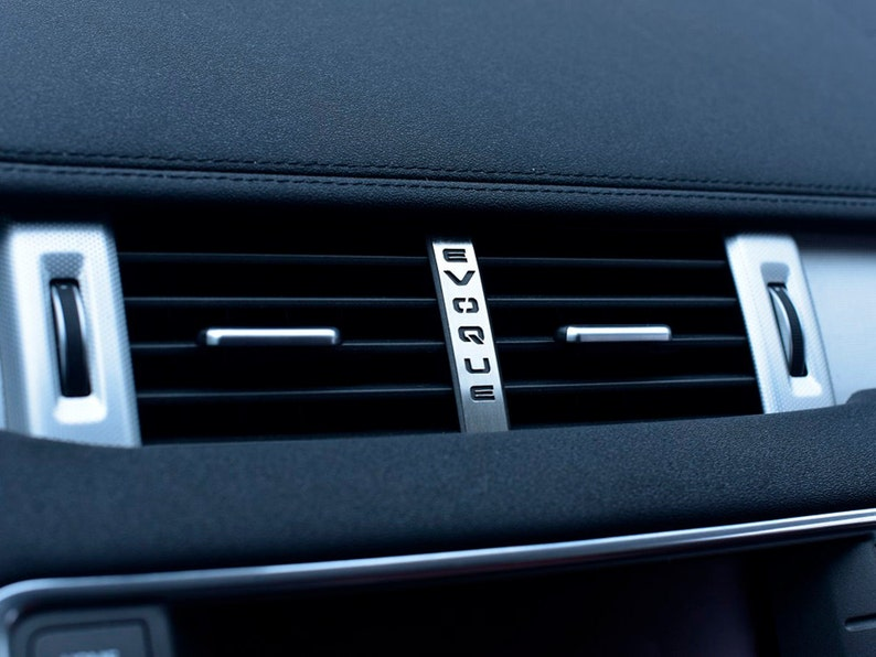 01ee4d1b05eb Range Rover EVOQUE 2011-2018 Air Vent Emblem Cover 1pc