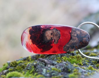 Wood resin necklace, Red Resin Necklace, Wood and resin, Resin necklace, Wood resin, Wood resin pendant, Red resin, Resin art,Valentines day