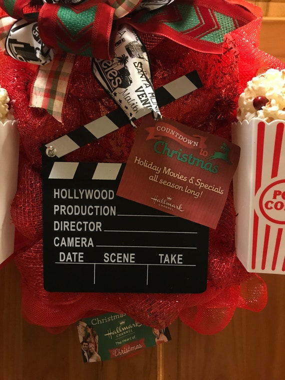 deco mesh popcorn wreath movie themed wreath christmas etsy