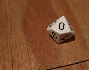 d10 Knob White with Black numbers
