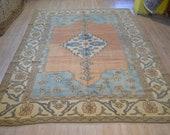 Vintage large carpet. Turkish vintage rug. Turkish carpet. Heriz design rug. Living room rug. Handmade carpet. Free shipping. 9.6 x 7 feet.