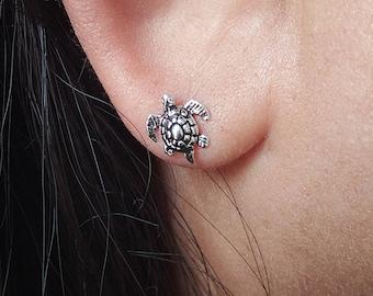 Tiny Sea Turtle Stud Earrings - 925 Sterling Silver - Tortoise Earrings - Tiny Turtle Earrings - Cute Turtle Jewelry - Cartilage Earrings