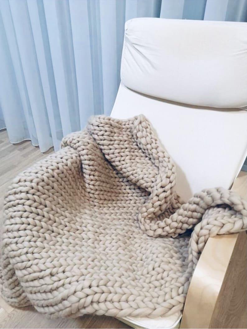 Chunky knit blanket made from the merino wool yarn Light beige