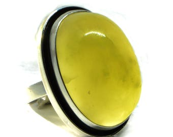 Jade ring size 8, Silver ring with Jade, Magic green stone ring, natural nephrite ring, green stone ring