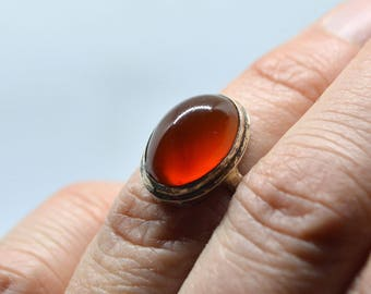 Carnelian ring, Silver ring with carnelian, Ring size 7 3/4, Magic burgundy stone ring, gemstone ring, red stone ring oval