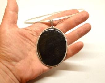 Obsidian pendant, huge ovale pendant with natural obsidian stone, black stone pendant, gemstone pendant, halloween pendant magic stone