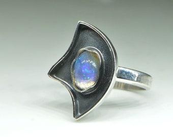 Opal  Ethiopian Fire Silver ring 8 , Ethiopian Fire Opal ring, gemstone Opal ring, green blue opal ring,