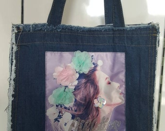 Denim-patch solder bag
