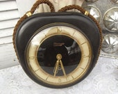 Vintage Bakelite wall Clock, mid century design, living Zimmeruhr, Deco watch without function-for hobbyists or as props