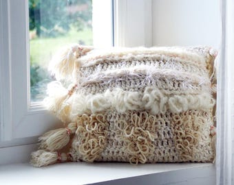 Cushion Wool Knitted / Cushion white / natural / Handmade 35x35cm / Sold with padding / Cushion girl / gift / decoration / baby gift