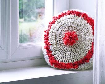 Wool Cushion / Knitted Cushion / Off White Cushion / Chalk / Handmade Diameter 40cm / Sold with Padding / Girl Cushion / Gift / Decoration