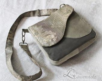 Messenger bag, shoulder bag