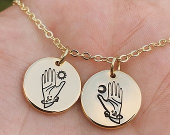 Pair of hands necklace Two hand necklace bronze tone charms 56cm chain