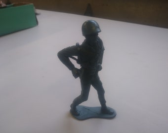 fd4611e413d Army soldier plastic army man 5