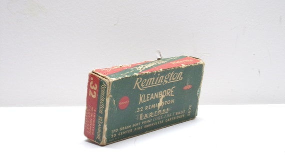 Ammo box remington kleanbore .32 express empty box from 1950s-1960s-1970s