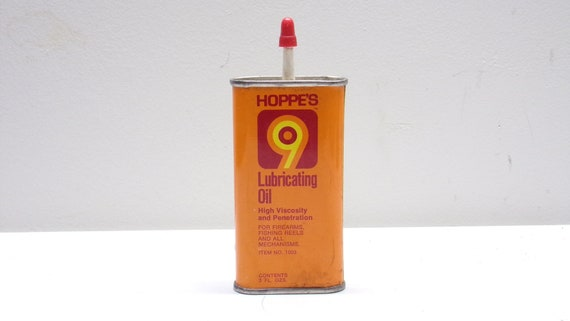 Gun oil can by hoppes made of metal 1960s