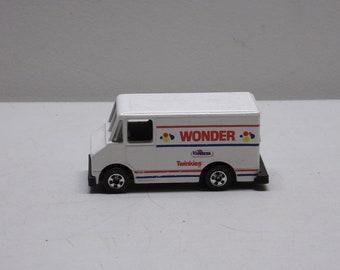 Hot wheels wonder delievery van truck made in 1976 Metal Car Toy  Diecast toys