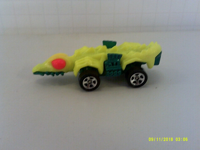 Hot Wheels Space Lizard Car 1985 Metal Car Toy Diecast Toys