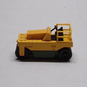 Tomica buggatti coupe deville  no f46 diecast car  Metal Car Toy rare 1978 bin6