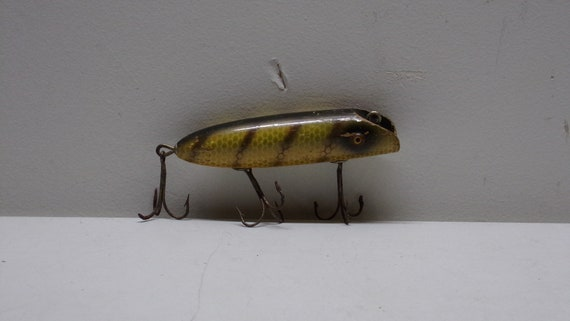 South bend vintage bass areno with glass eyes perch color from 1927-1930