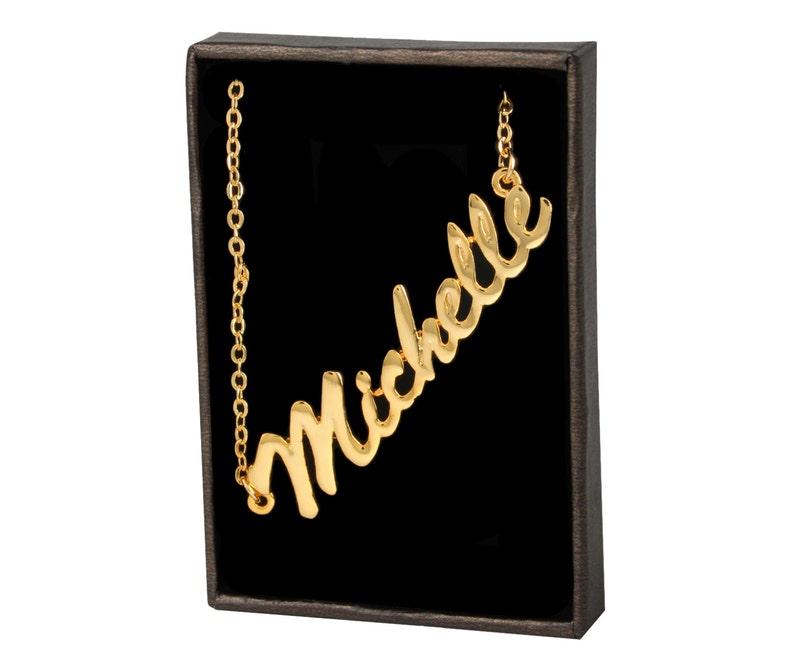 cc60090a70d3 Michelle 18k oro nombre plateado collar cadena colgante moda
