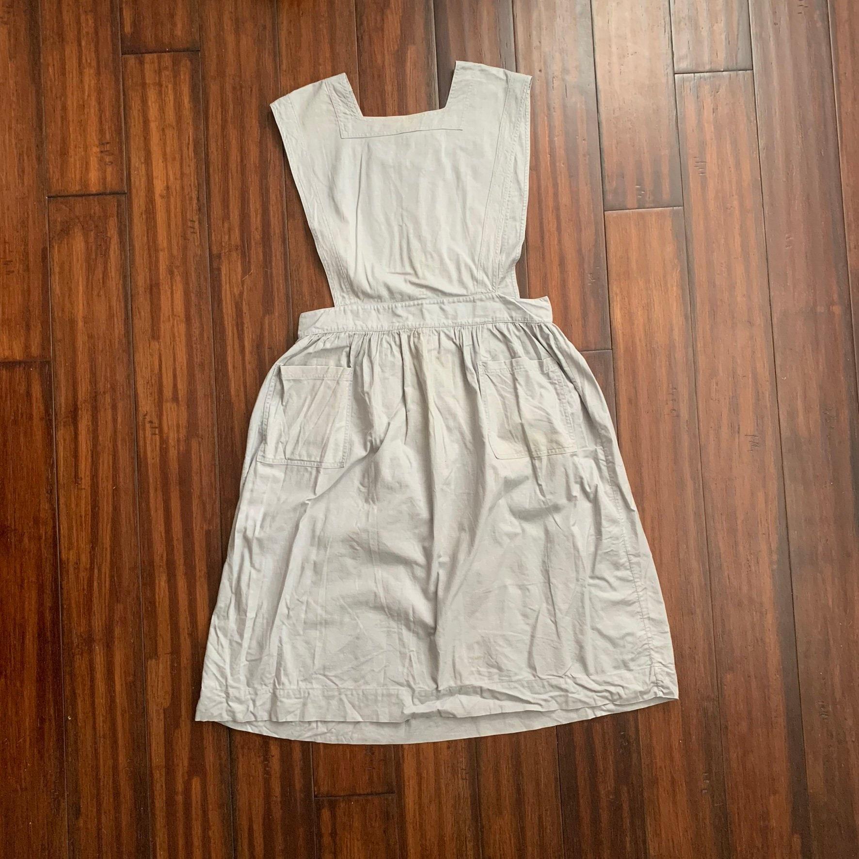 Vintage Aprons, Retro Aprons, Old Fashioned Aprons & Patterns 1950s Vintage Ottenheimer Cotton Twill Apron Coverall Dress $194.40 AT vintagedancer.com