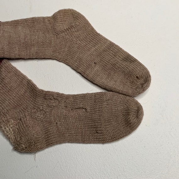 1920's Vintage Hand Knit Childrens Socks and Swea… - image 5