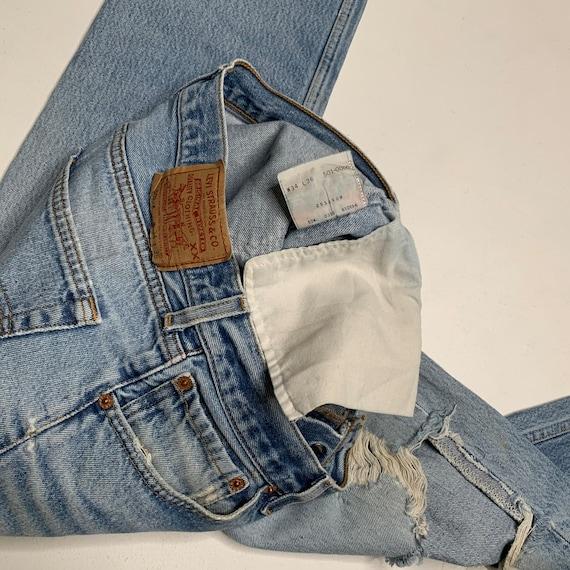 1980's Vintage Levis 501 Distressed Denim Jeans 3… - image 9