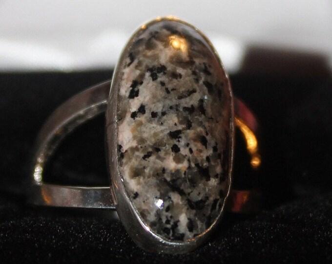 Yooperlite, Fluorescent, Sodalite  Ring: YR-3 Size 10.25