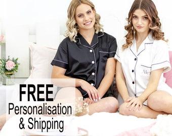 Bridesmaid Pyjamas / Personalised Pyjamas / Bridesmaid Robes / Wedding Pyjamas / Bridesmaid Gift / Wedding Robes / Satin pyjamas / Pajamas