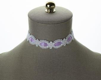 White & Purple Lace Choker - Cute Lace Choker - Purple Romance Jewelry - Vintage Lace Choker Necklace. Embroidery Lace Choker. White Choker