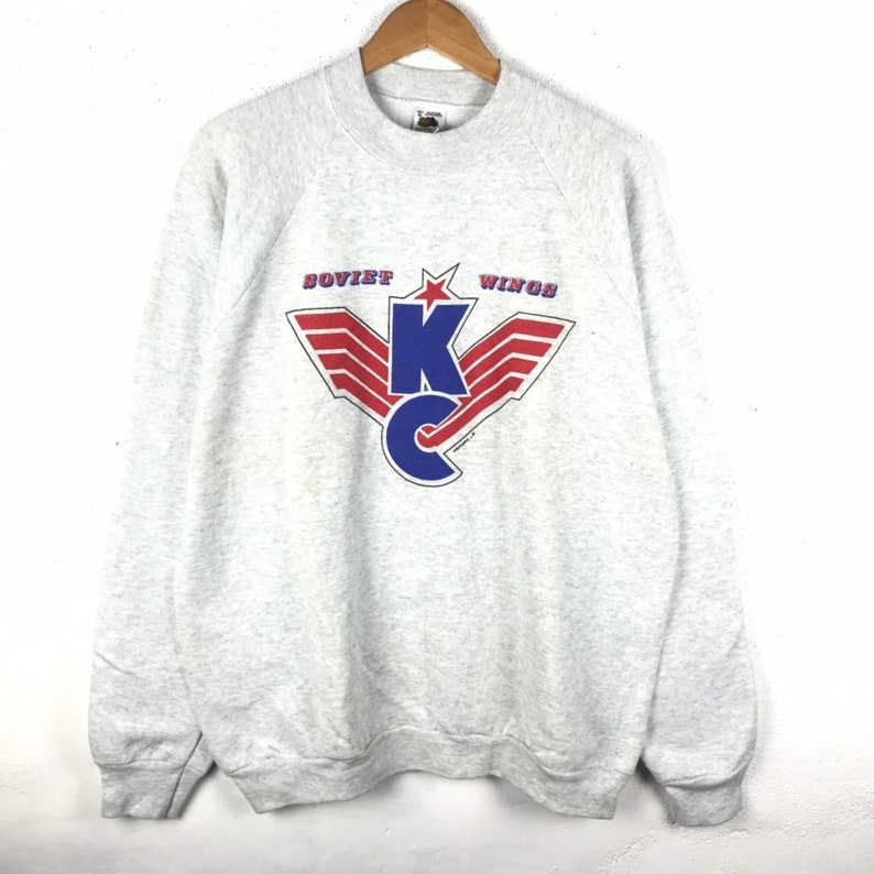 f39c67e3f23b5 Vintage 90s Soviet Wings Sweatshirt Big Logo Large Size Jumper Pullover  Retro Rapper Fashion Rap Tees Hip Hop Swag Hockey Ice Ski Sport
