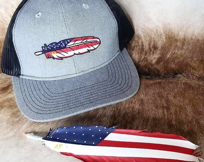 Grey American Feathers Hat