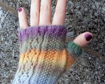 Rocío Mitts Knitting Pattern