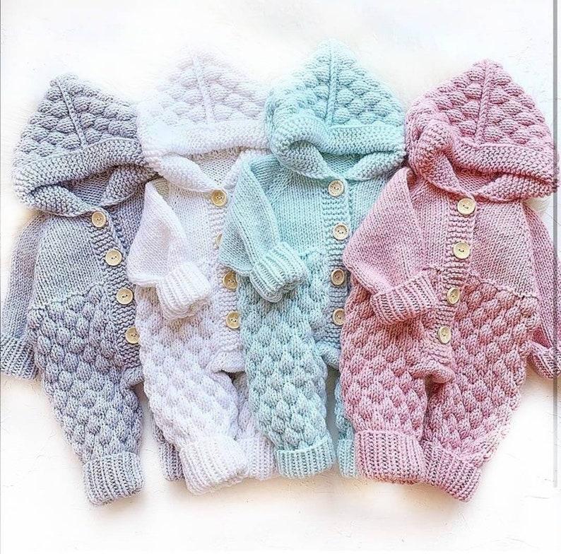 Knitted Baby Bubble Stitch Jumpsuit Pattern / Popcorn Stitch / image 0