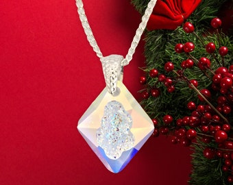 Aurora borealis Austrian growing crystal pendant