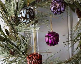 Decorative Feather Ornaments - Fall Decor for Thanksgiving, Unique Holiday Decorative feather Ornaments ZUCKER®