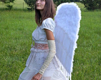 Large Economy Costume Angel Feather Wings - White - Zucker Feather Place Original Designs  ZUCKER™