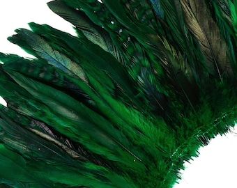 "Green Chinchilla Rooster Feathers, 8-10"" Long Barred Rooster Feathers, Dyed Strung Bulk Feathers For Carnival & Costume Design ZUCKER®"