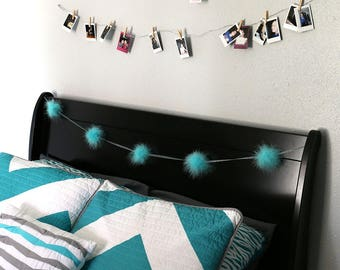 Decorative Marabou Feather Garland Light Turquoise - Perfect for Teen Bedroom & Dorm Decor ZUCKER®