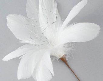White Feather Flower with Silver Accent - Decorative Feather Flower Stem for Event and Home Decor ZUCKER®