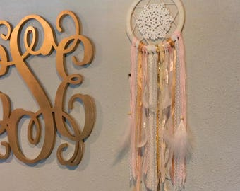 Boho Blush Dream Catcher - For Teens Bedroom and Dorm Decor, Great Housewarming Gift ZUCKER®