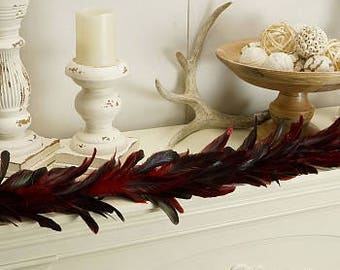 Decorative Feather Garland with Red Glitter Accents - Fall Decor for Thanksgiving, Unique Holiday Decorative Garland ZUCKER™