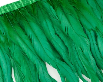 "10-12"" KELLY Dyed Coque Feather Fringe 1YD - DIY Art Crafts, Carnival, Cosplay, Costume, Millinery & Fashion Design Feather Fringe ZUCKER®"