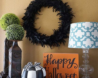 Large Decorative Black Feather Wreath - Halloween Decorative Wreath Fall Rustic Theme Wedding or Thanksgiving Decor ZUCKER™